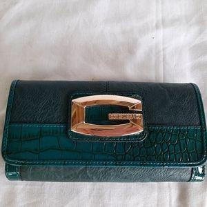 🎁 SALE 3/$40🎁 GUSSACI wallet!